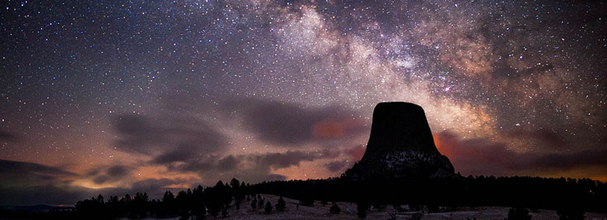 Devils Tower Wy >> 5 Amazing Places to Go Stargazing Around Wyoming
